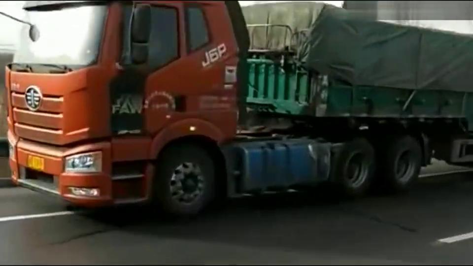 解放半挂车载重40顿刹车测试,看看这刹车性能怎么样?