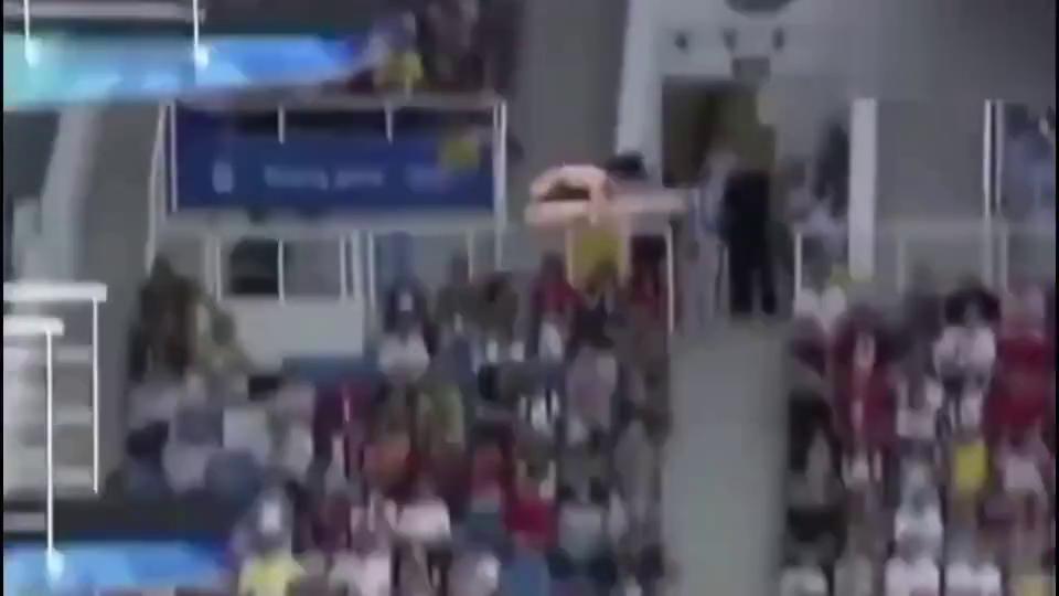 中国跳水女队这一幕你见过吗?裁判已绝望,教练忍不住笑容