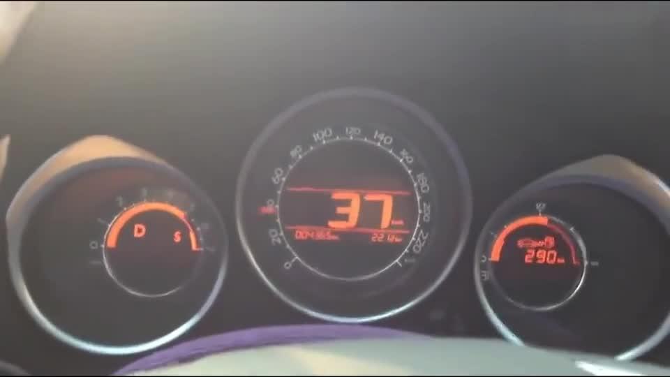 视频:雪铁龙C4L百公里加速,1.6T的动力秒思域绰绰有余