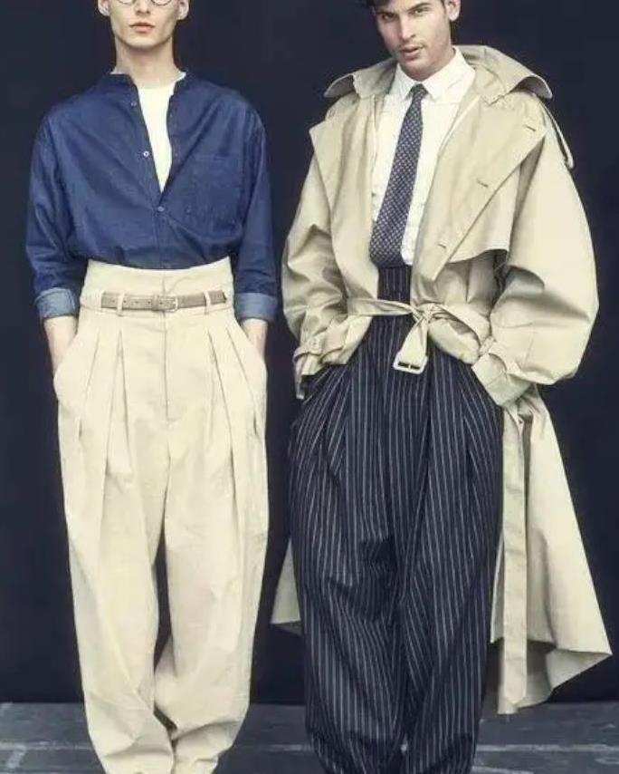 你与男神的距离就差一条阔腿裤!学学这几个搭配,做时尚日系潮男