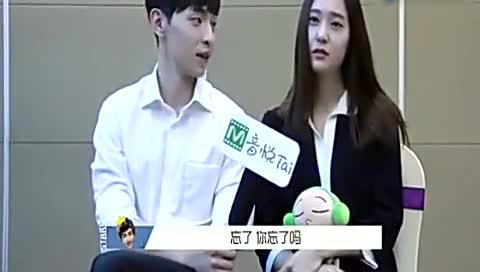 郑秀晶被问对邓伦的初印象,两人相视而笑,网友:杨紫咋办