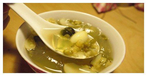 天天喝一碗绿豆汤,清热降暑、祛湿护心,可用错锅营养全白搭!