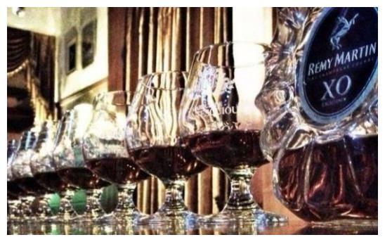 东北历史(163):长春市隆礼路,为啥能成为酒吧一条街?