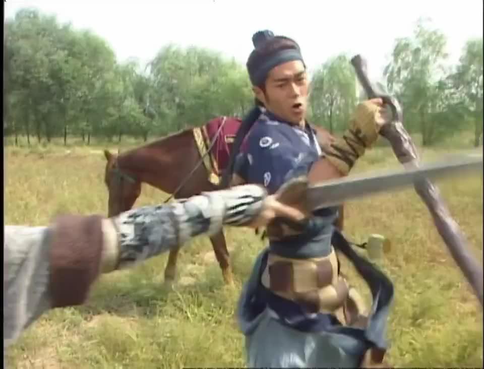 寻秦记:墨子剑法真厉害,少龙一把木剑在手,芳儿敌不过气急败坏