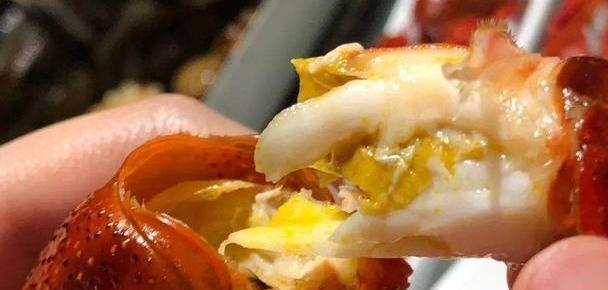 吃了这么多年虾,才发现虾头也是宝贝,比虾仁还贵