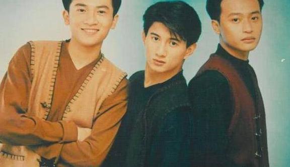 """47岁小虎队陈志朋穿搭正常,不再辣眼,曾被称""""时尚界泥石流"""""""