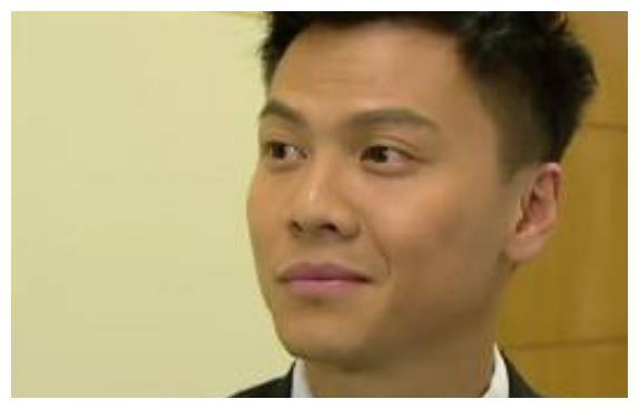 TVB著名男星被曝要做搬运工,挣钱为了补贴收入:生活所逼