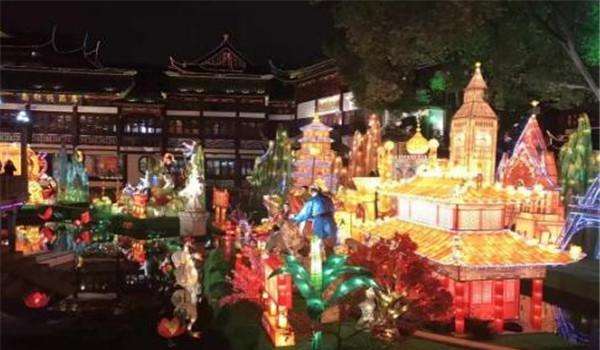 上海旅游10大推荐去的地方,外滩必去,田子坊也不错