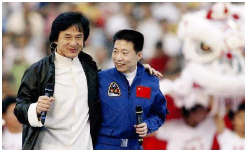 """杨利伟在太空听到""""敲门声"""",十七年后谜底揭晓,幸亏他当时机智"""