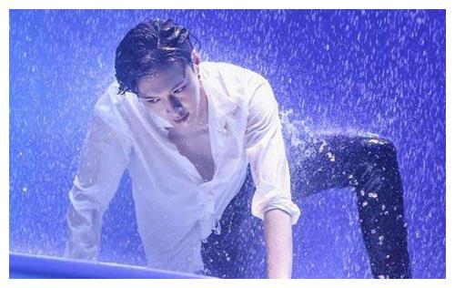 娱乐圈最会跳舞的明星,易烊千玺,迪丽热巴上榜,你最喜欢谁?