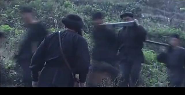 边城汉子:土匪攻击寨子,地流说了一句话,村民顺利突出包围
