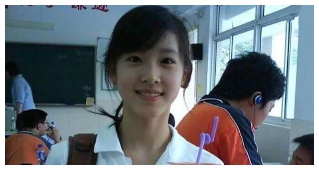 刘强东出轨后,奶茶妹妹章泽天爱上拳击,重新回归学霸体质