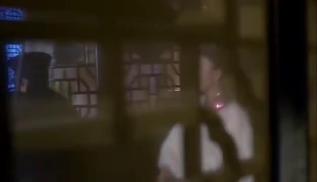 地雷战:汉奸大队长邀请戏楼女子吃饭,还要娶回家当太太,精彩了