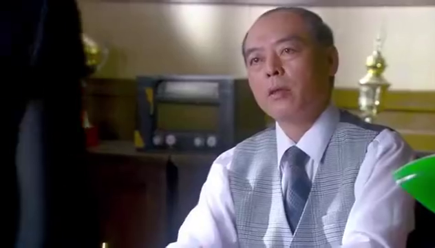烽火佳人:周霆琛即使被通缉,也要带毓婉逃出杜家,白鸽痴情殉情