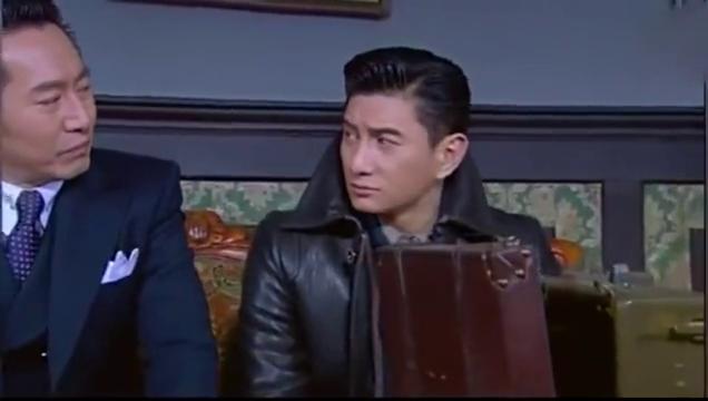 《寒冬》表姐夫告诉邓子华,为什么要让他和萨拉丽娃接近的原因?
