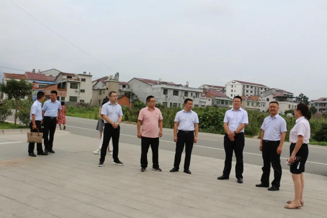 团市委书记卢存安一行深入汉阴调研共青团建设工作