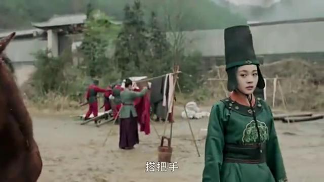 李安澜冒雪去找云烨,却目睹云烨和夫人辛月被抓