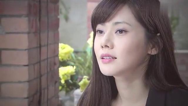 女主远在上海,心里却还在想着男主,真是一往情深