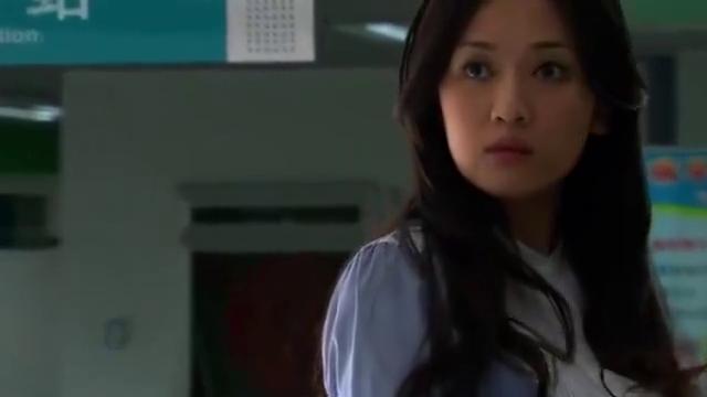 陈乔恩和冯绍峰医院相遇,曾经的恋人,只能强忍泪水努力微笑