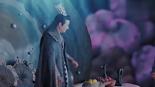 新白娘子传奇:白素贞说小青是龙女,没想到龙王居然这么生气