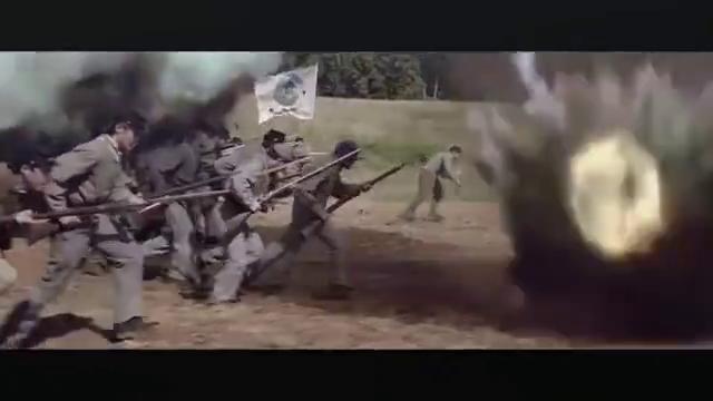 战场上即使面对再多机枪大炮,也要鼓起勇气硬冲啊