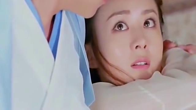 宇文玥往星儿眼里滴了一滴眼药水:请你不要目中无人?好甜
