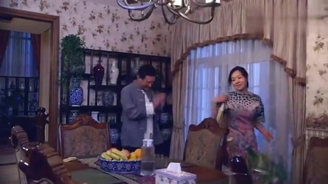 婚姻料理:吴东方向闫妮展示瓷器,却被闫妮摔碎,顿时大发雷霆!