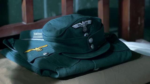 帅哥等人来到德国,被瞧不起,禁止穿中国军服,弱国无外交