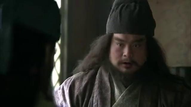 新三国:袁术这是在坑袁绍吗?让他言而无信,还与刘关张结仇了