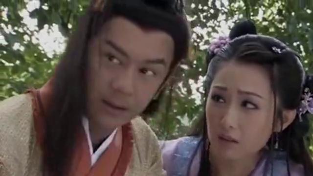 薛平贵与王宝钏:乞丐们抬着平贵到家后,妹妹薛琪看到哥哥受了伤