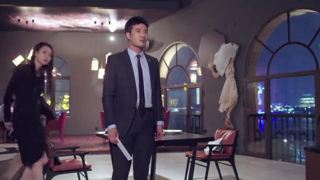 陆远扬敷衍了乔安去老地方寻找前女友闫涵