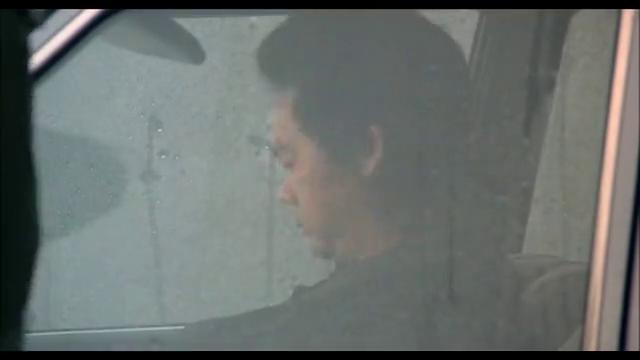 无味神探:刘镇海在车内睡着,被交通警察喊醒
