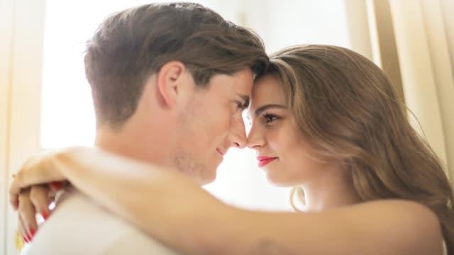 规律的夫妻生活会对身心产生哪些影响?