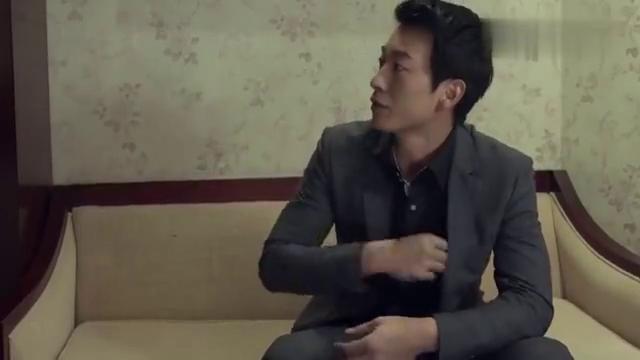 影视:男子定位女友手机发现在酒店,立马赶来挨个房间搜