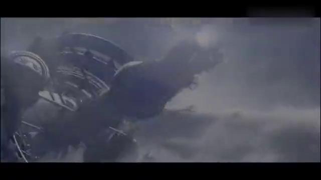 最新科幻片,空间站冲破自身极限,即将空中解体