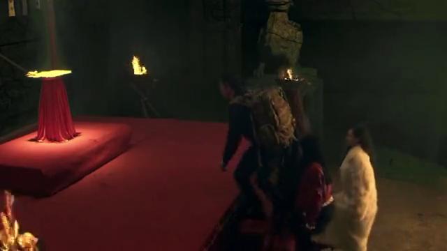 探宝队深入古穴禁地,碰上火麒麟守卫,没想女子唤出萨满女巫元神