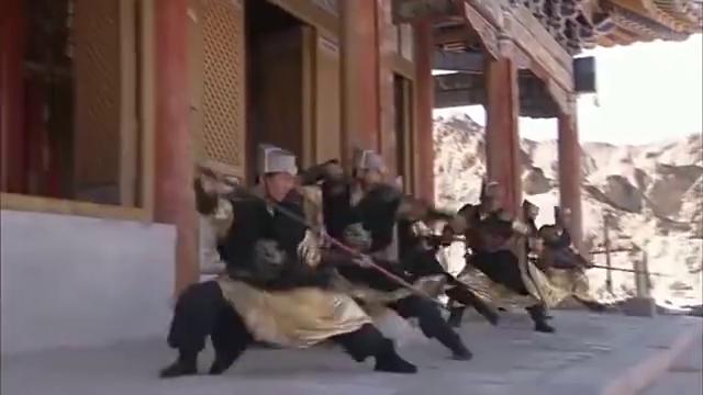 包青天:包铁山手下兄弟与襄阳王杀手大战云居寺