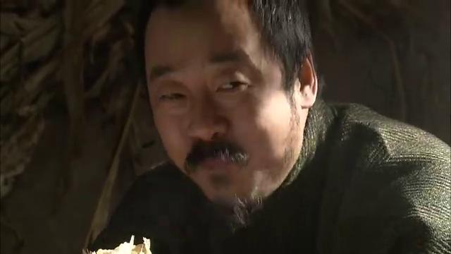 阎铎决定先把王强干掉,王强用计见到了崔团,告诉他刘洪是他的救