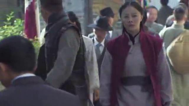 中国武术卧虎藏龙,美女一人吊打6个日本武士,这下日军被虐惨