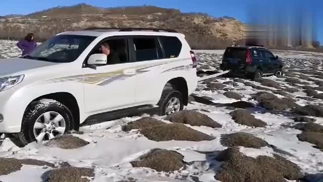 视频:丰田普拉多救援哈弗H5,这么猛的动力还是不行啊!