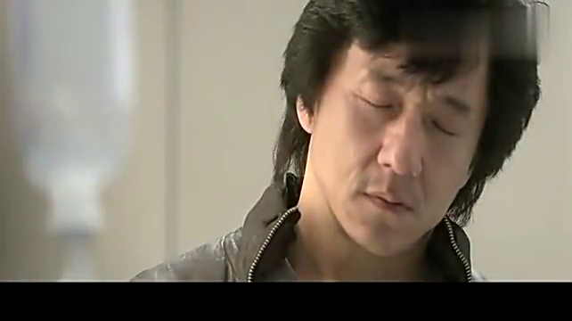 新警察故事:几个人带着律师,来监狱看陈国荣!