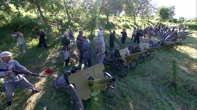 战魂:国军想炮轰八路驻地,没想到被八路反杀,缴了一排重火炮!