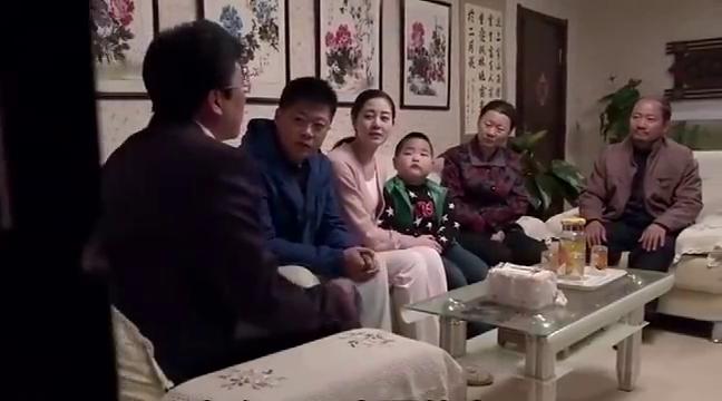 乡村爱情:广坤想把名字给改成腾龙腾凤,显得和腾飞是一家人