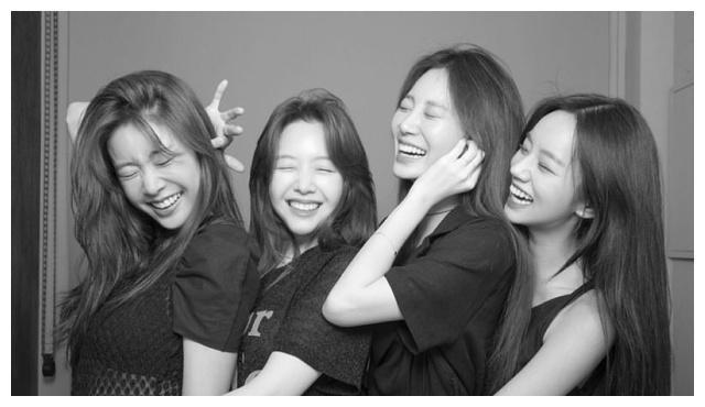GIRL'S DAY成员聚在一起庆祝十周年!粉丝们来祝贺她们吧
