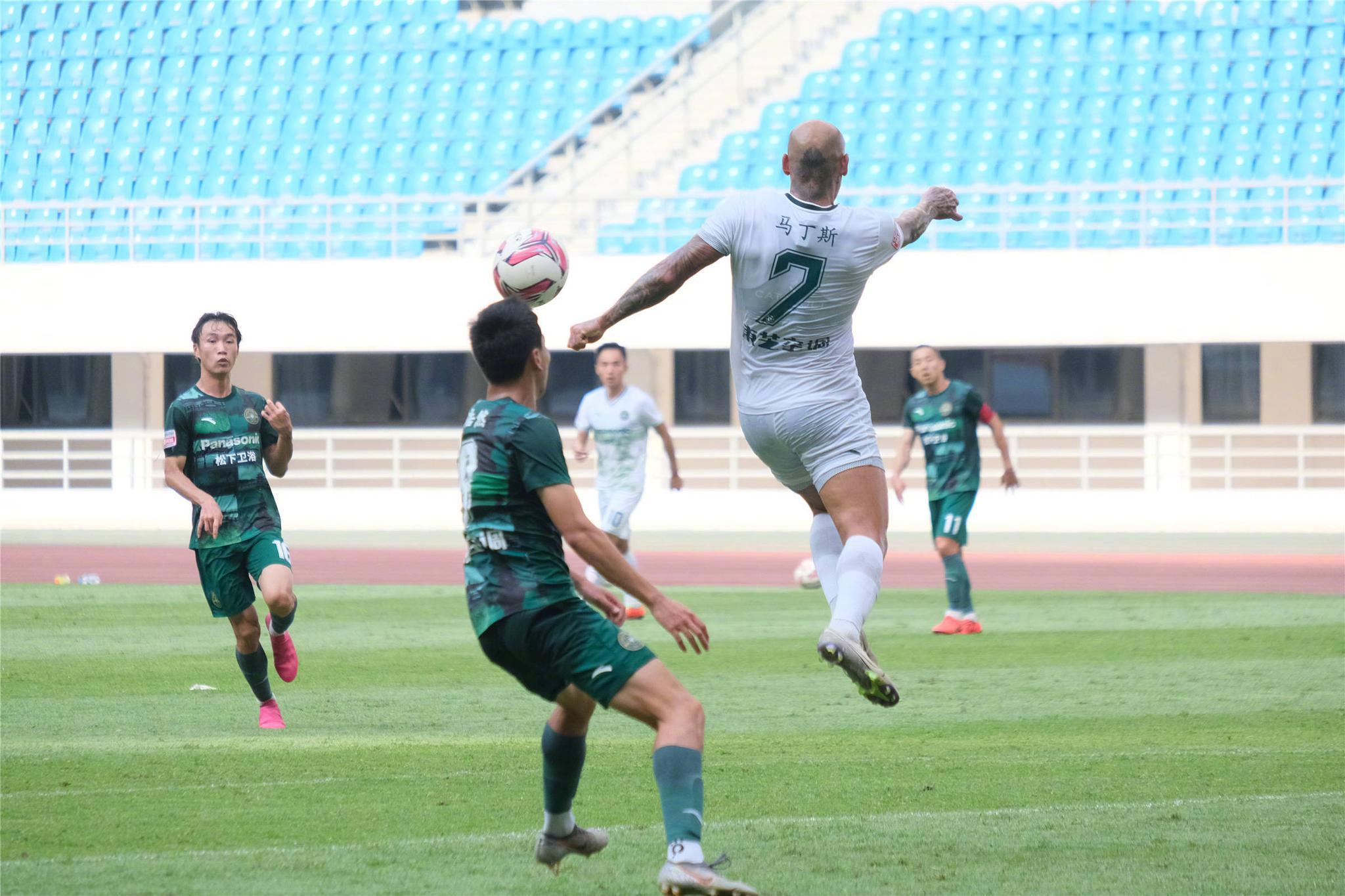 热身赛浙江绿城一线队2:1绿城U23队,魏敬宗和马丁斯各进一球