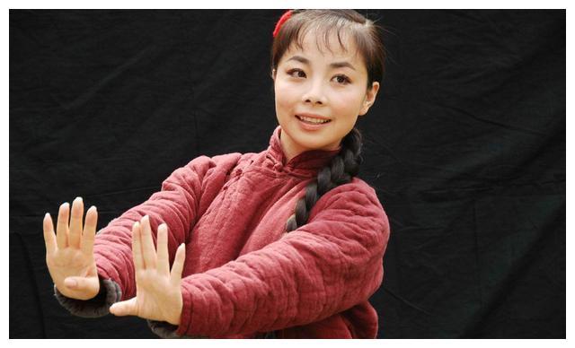 国家一级演员王二妮,巅峰时结婚生子退隐农村,今揭露生活心酸事