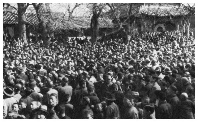 干涧惨案中,9个村民被日寇脱光衣服,打光牙齿后活活烧死在菜窑