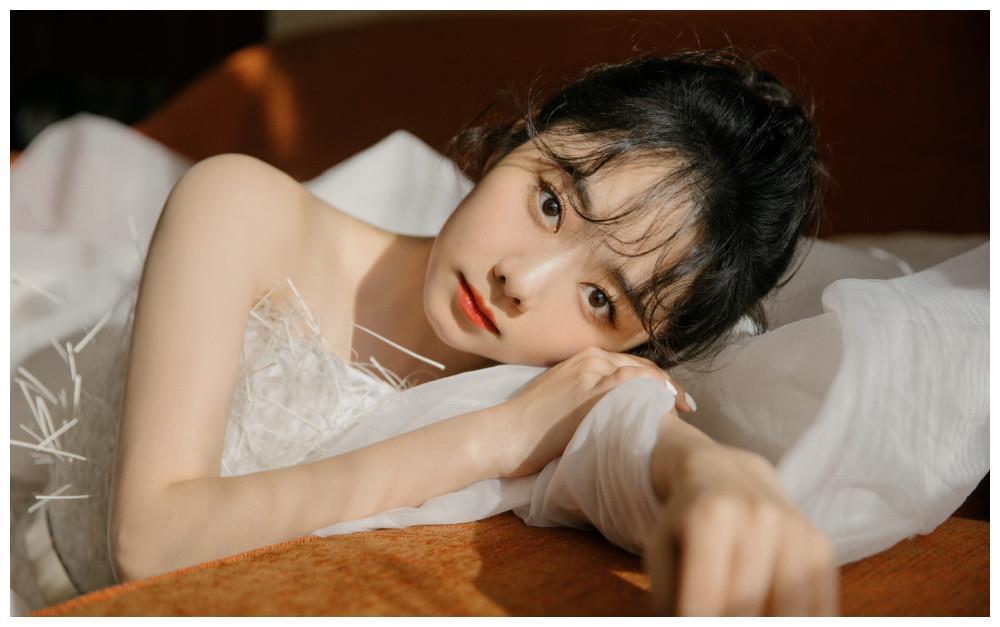 谭松韵.她真好看.白裙造型.高清美图