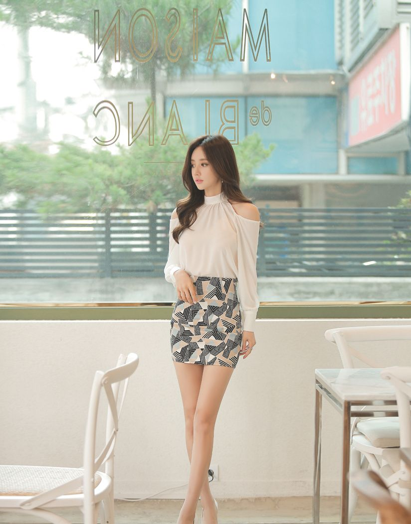 时尚写真第20期:女神珠珠,秋水仙夏曲珠流苏显瘦包臀仙女裙