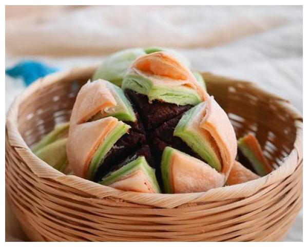 荷花酥、糖酥饼、葱油小饼、煎饼果子的家常做法,香酥美味